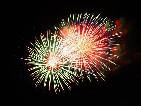fireworks-227383__340.jpg