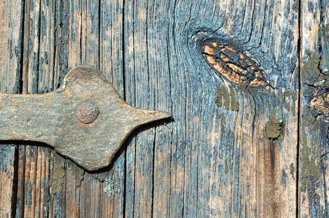 door-hinge-1666021_960_720.jpg