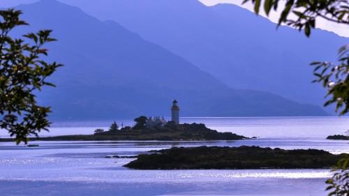 Nicholson-Skye-Ornsay-lighthouse-1440x810.jpg