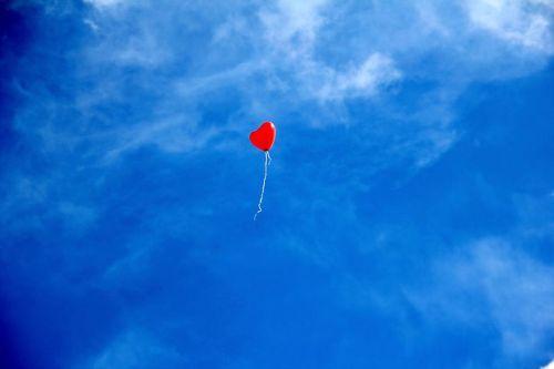 balloon-1046693__480.jpg